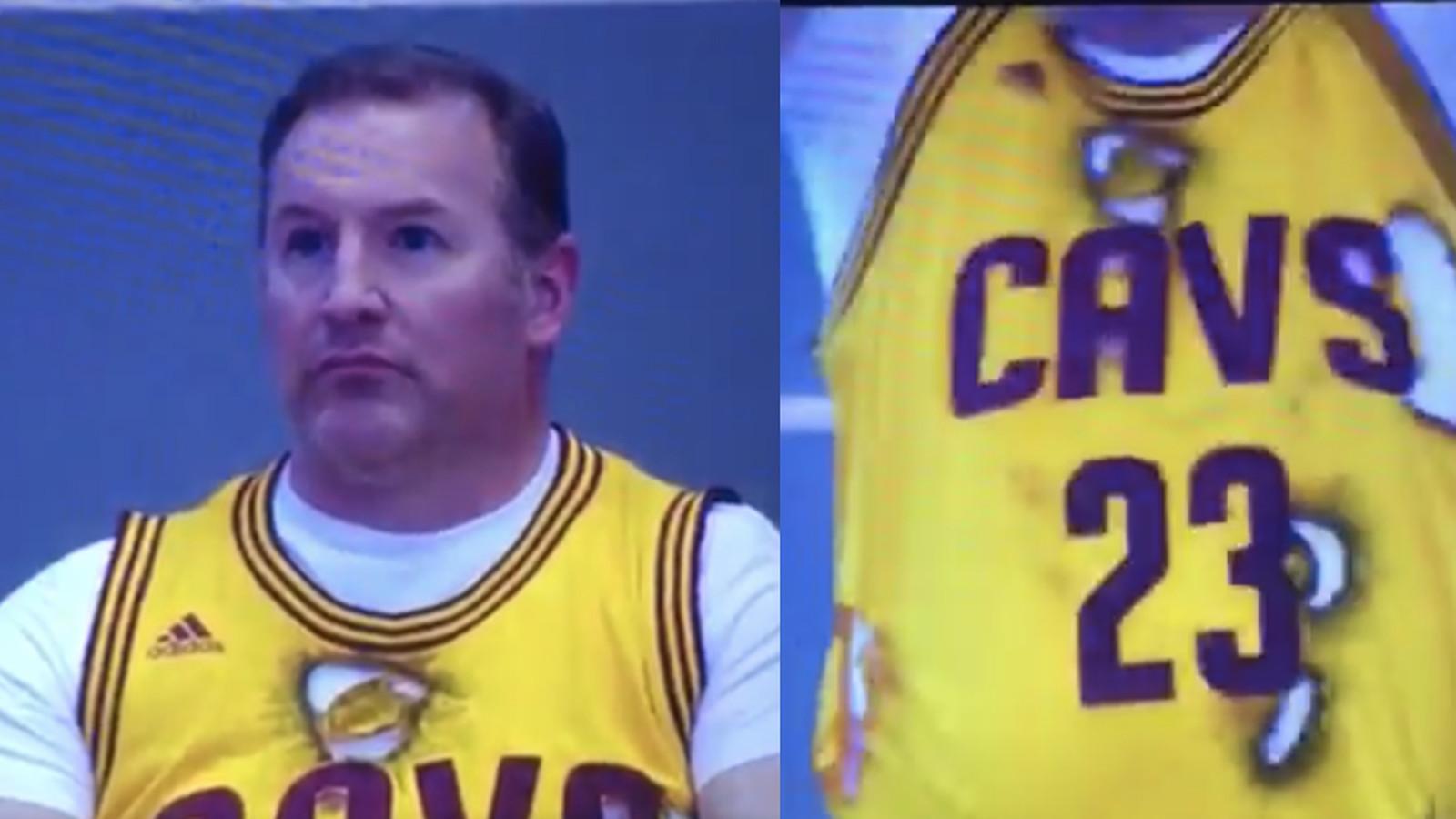 watch 0c6b6 311cc Cavs 'fan' in Denver wore burnt LeBron James jersey ...