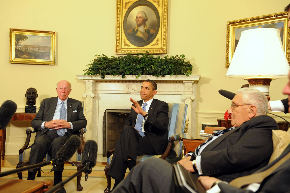 US Pres. Obama Meets With Henry Kissenger,George Schultz, And Sam Nunn