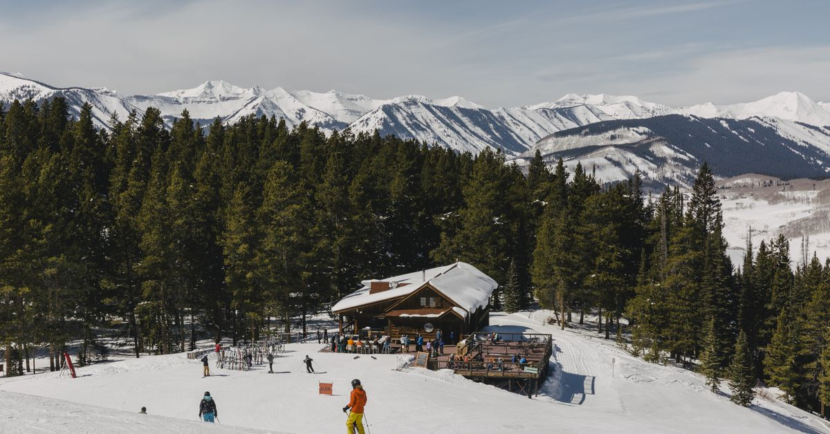 The essential guide to Colorado's best ski towns