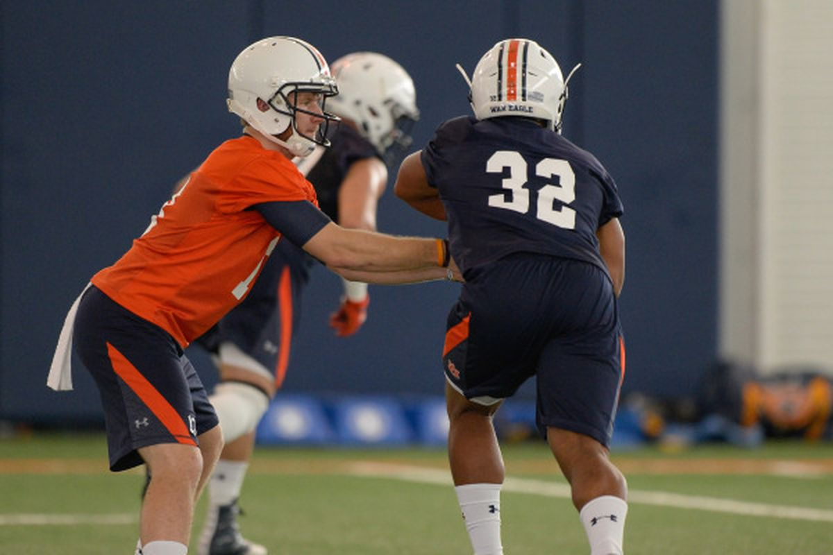 A harbinger of things to come? Sean White hands off to Malik Miller