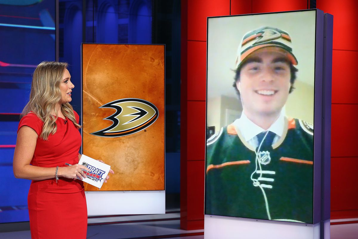SECAUCUS, NEW JERSEY - OCTOBER 06: Jamie Hersch of the NHL Network interviews Jamie Drysdale from Erie of the OHL after his selection by the Anaheim Ducks in the 2020 National Hockey League Draft at the NHL Network Studio on October 06, 2020 in Secaucus, New Jersey.