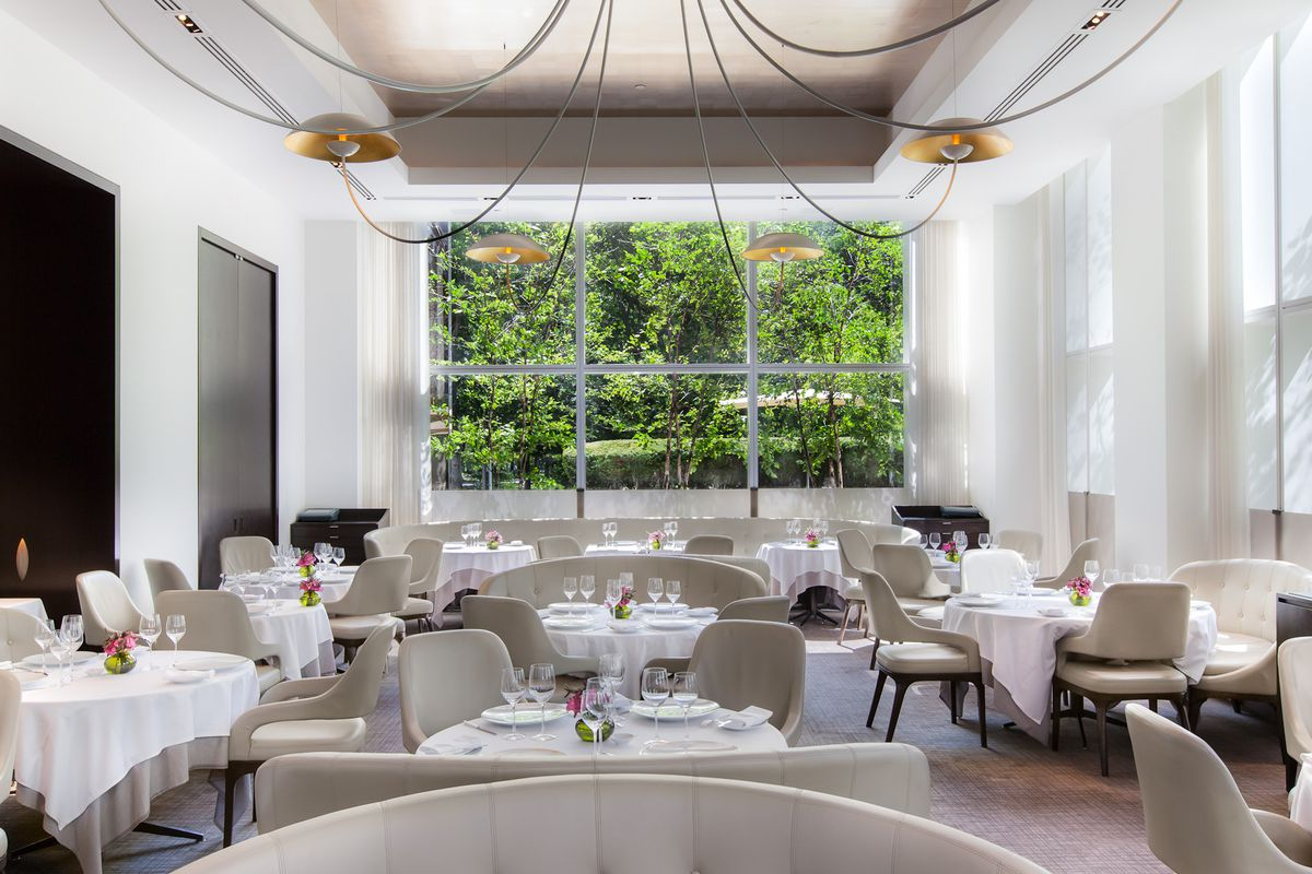[The dining room at Jean-Georges]