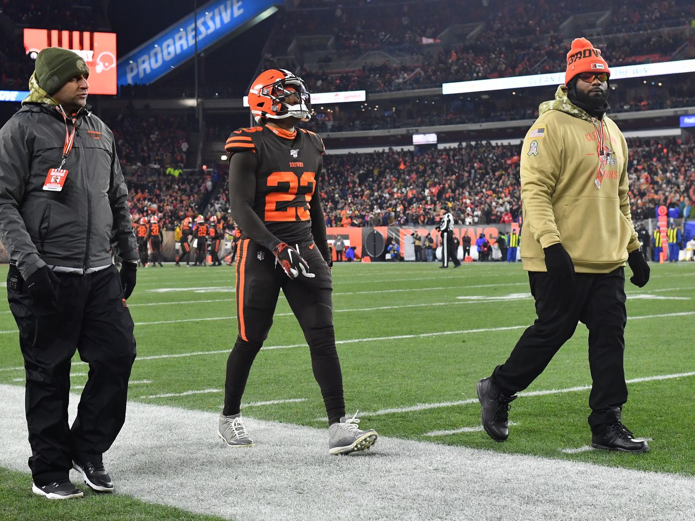The Nfl Issues Fines From The Steelers Vs Browns Game