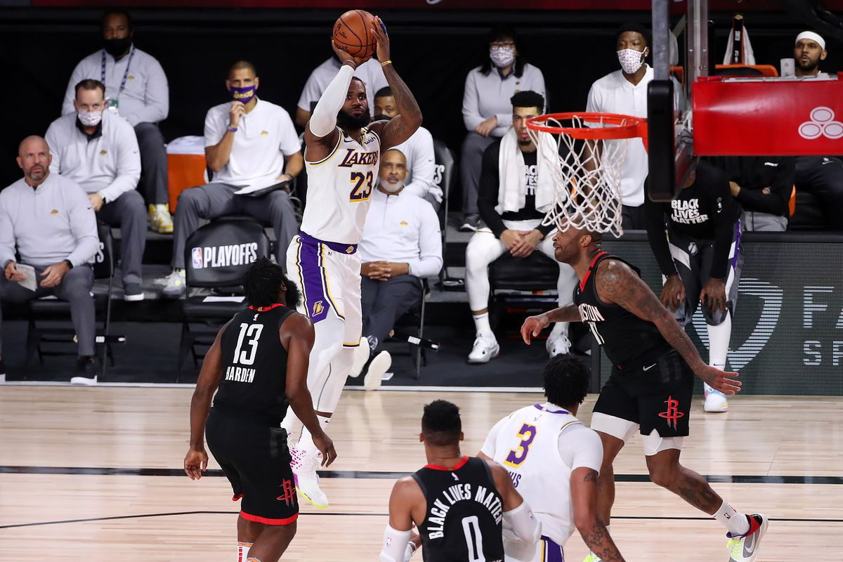 Lakers Vs Rockets Final Score Lebron Rajon Rondo Take Over In Win Silver Screen And Roll