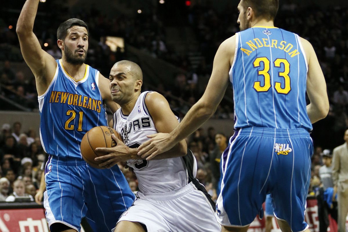 Tony Parker splits the defense in Friday night's game against the New Orleans Hornets.