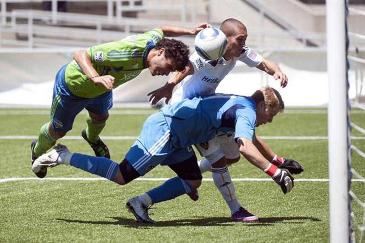 """(Image courtesy of <a href=""""http://www.soundersfc.com"""" target=""""new"""">SoundersFC.com</a>)"""