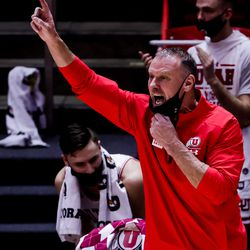 Utah Utes head coach Larry Krystkowiak calls out to players during the game against the Oregon Ducks at the Huntsman Center in Salt Lake City on Saturday, Jan. 9, 2021.