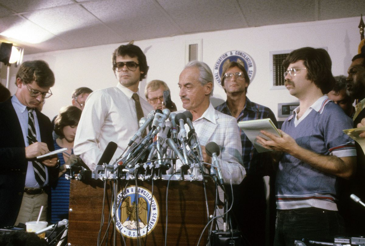 Marvin Miller, the executive director of the Major League Baseball Players Association (MLBPA) holds a press conference, circa 1975. Miller was credited in transforming the players' union into one of the strongest unions in the US.