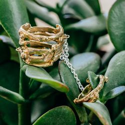 """<a href=""""http://www.rilanyc.com/rings/lava-chain-ring"""">Lava Chain Ring</a>, from $110"""