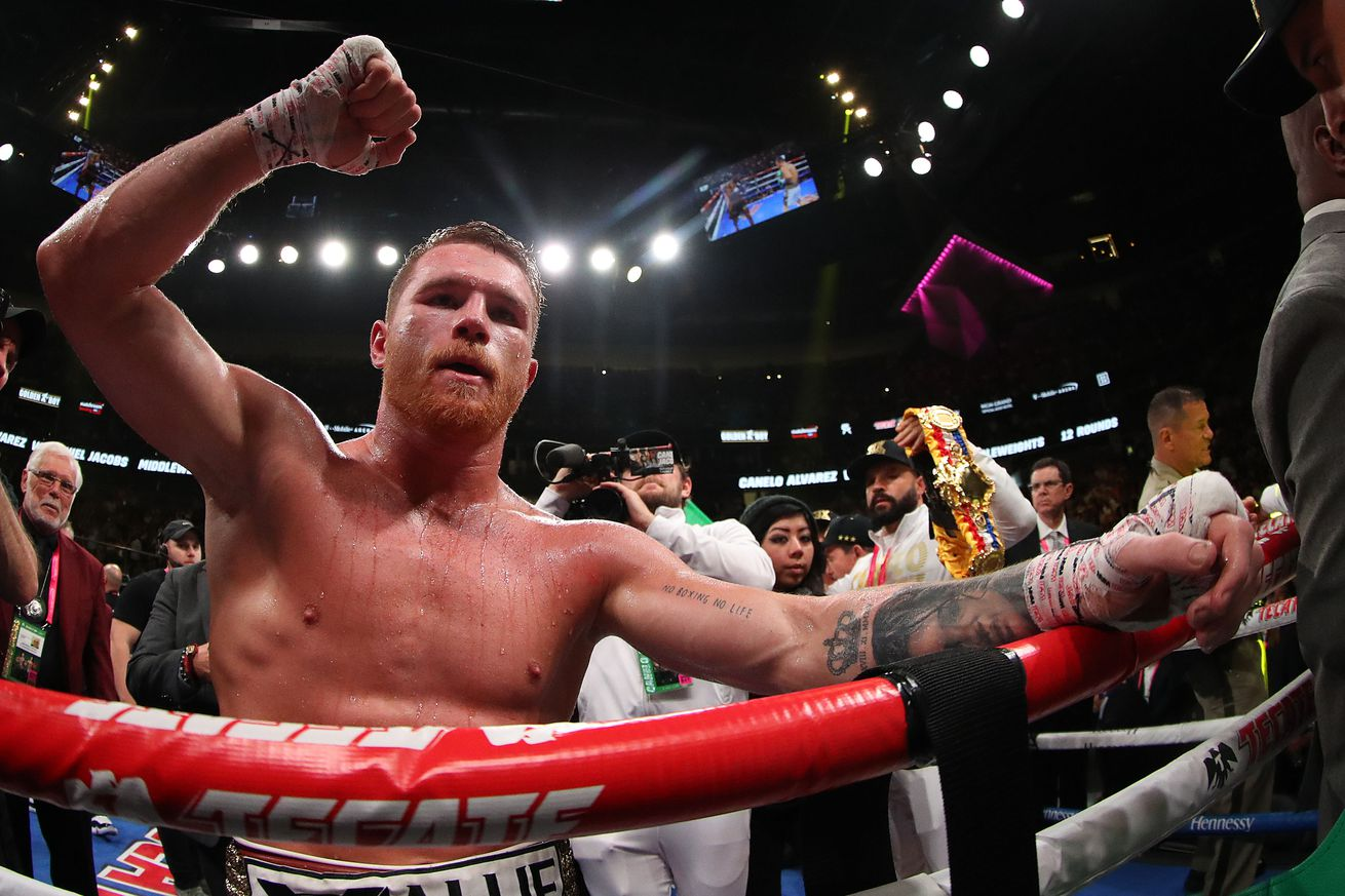 1147112948.jpg.0 - Canelo working on two-fight deal for Yildirim and Saunders on DAZN