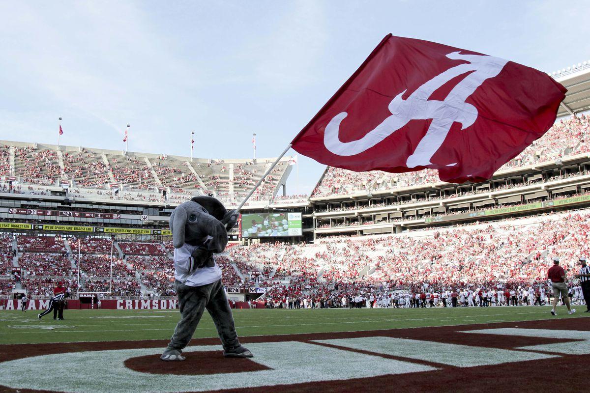 NCAA Football: Western Kentucky at Alabama