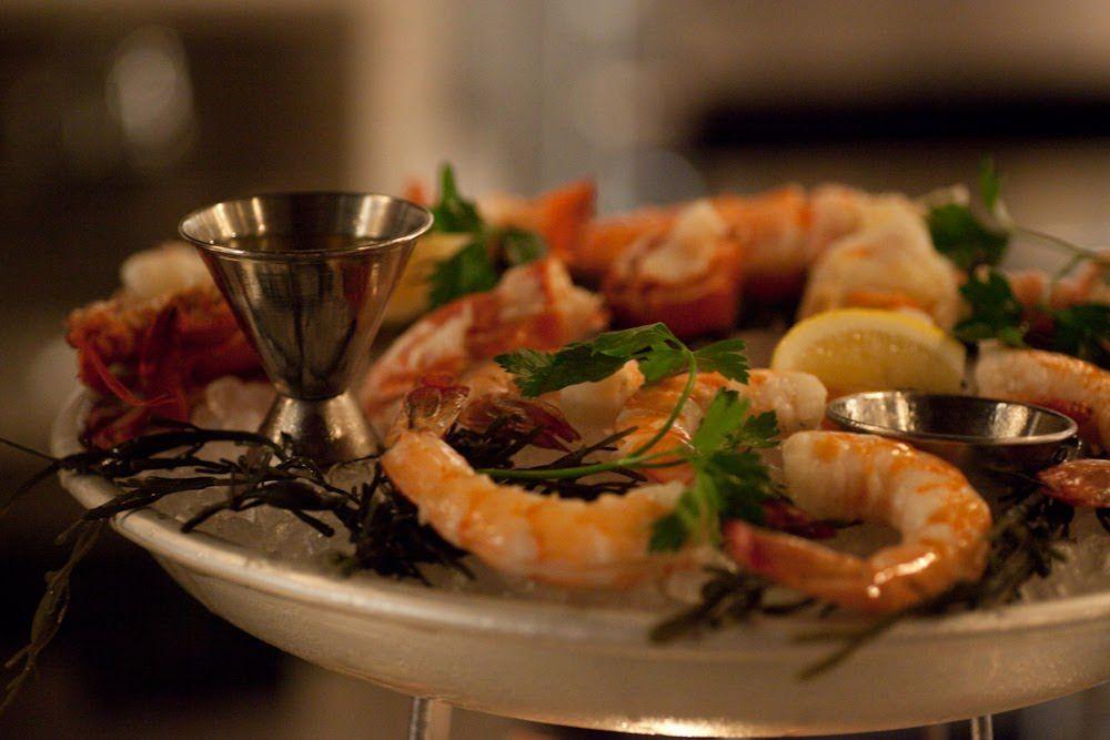 The shellfish platter at Bavette's Steakhouse & Bar