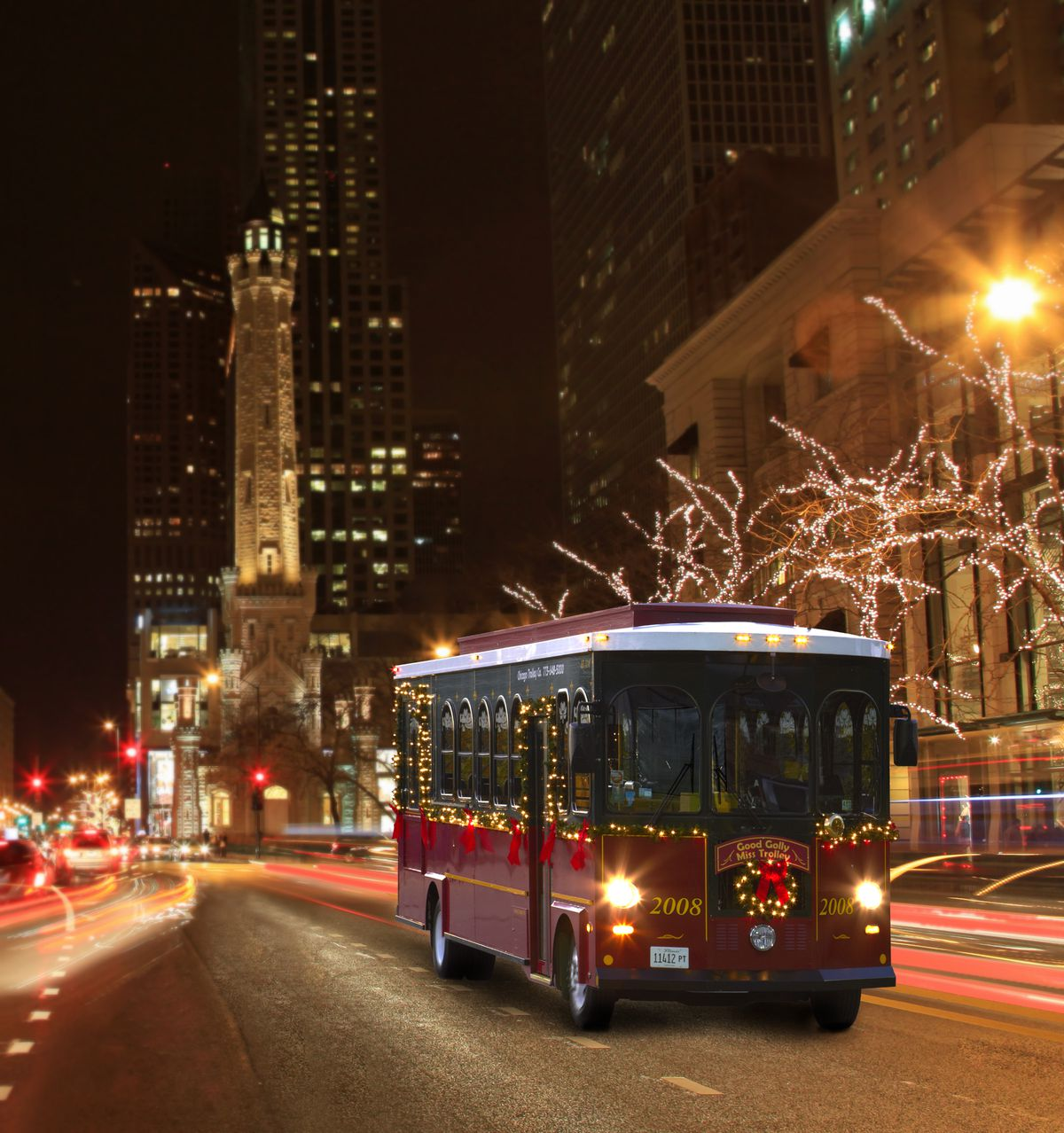 The Holiday Lights Trolley Tour  Courtesy of Chicago Trolley & Double Decker Co