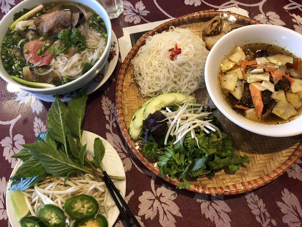 Pho 777 in Uptown. | Ji Suk Yi/ Sun-Times