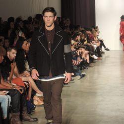 Catch B:SCOTT designer Brandon Scott on this season's <i>Fashion Star</i>.