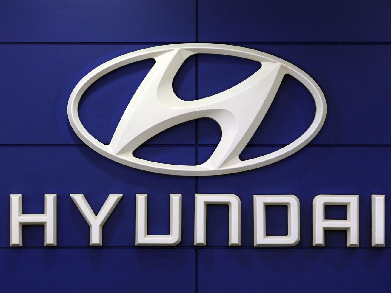 This July 26 2018 file photo shows the logo of Hyundai Motor Co. in Seoul, South Korea. Hyundai is recalling over 390,000 vehicles in the U.S. and Canada, Tuesday, May 4, 2021, for problems that can cause engine fires.