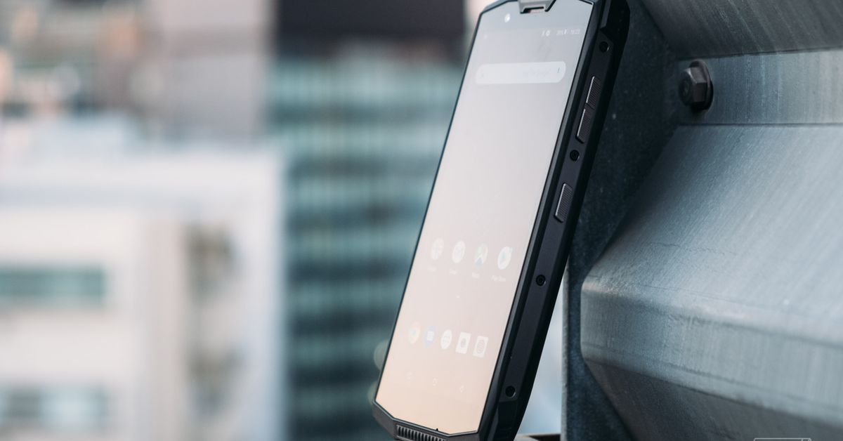 The Doogee S80 is a tank of a phone thas lasts a week on one charge