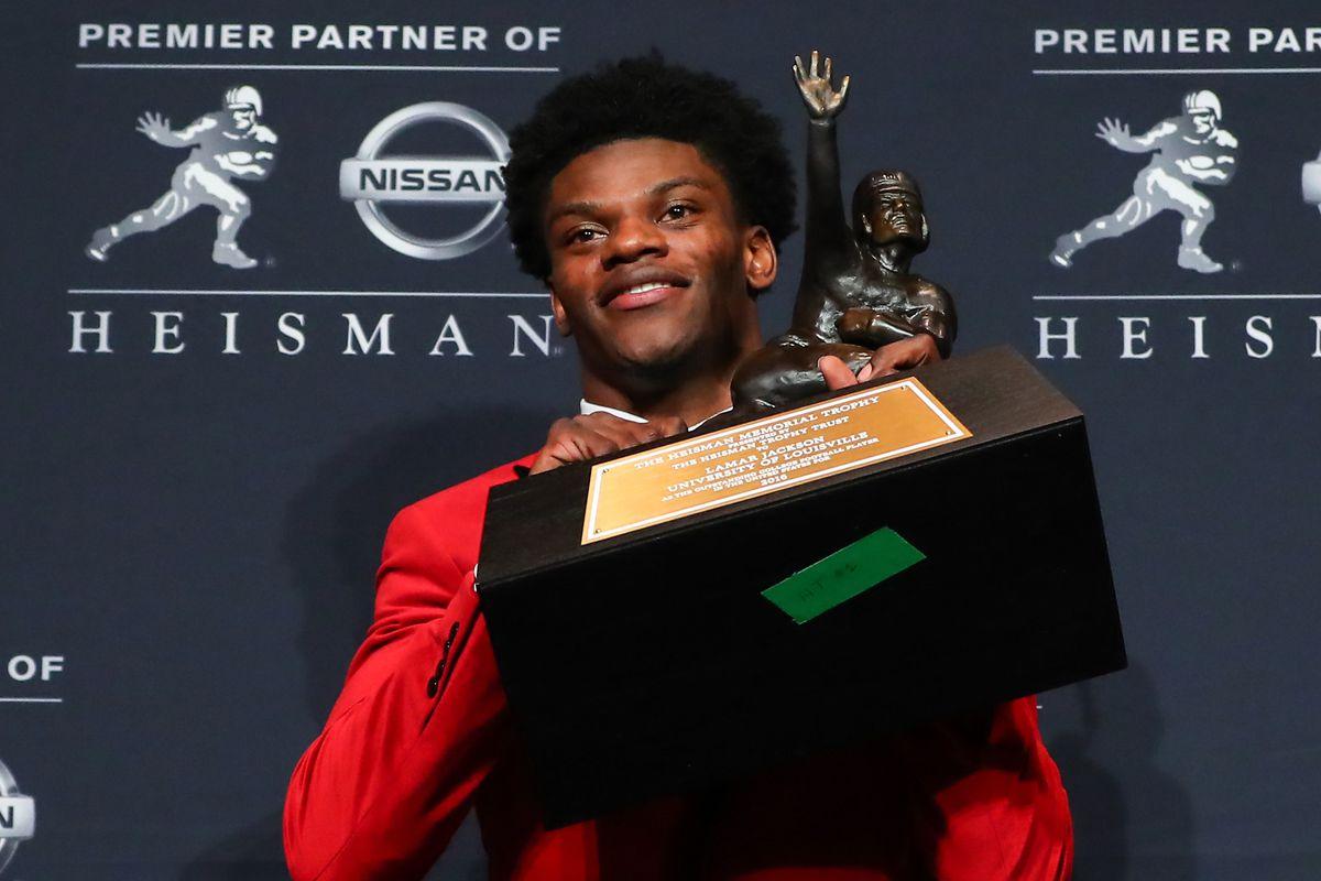 NCAA FOOTBALL: DEC 10 81st Annual Heisman Trophy Ceremony