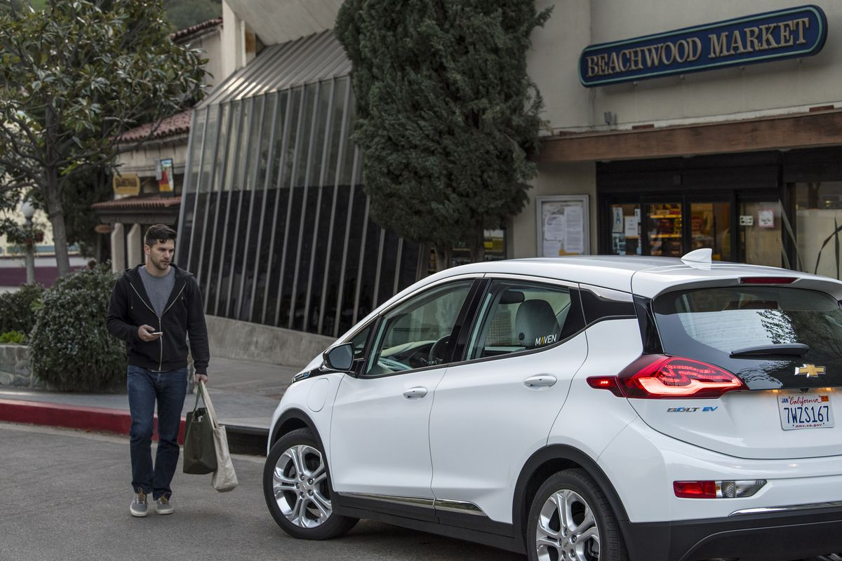 Maven General Motors Year Old Car Sharing Service Is Adding Over 100 All Electric Chevy Bolts To Its Fleet In Los Angeles The Company Announced Today