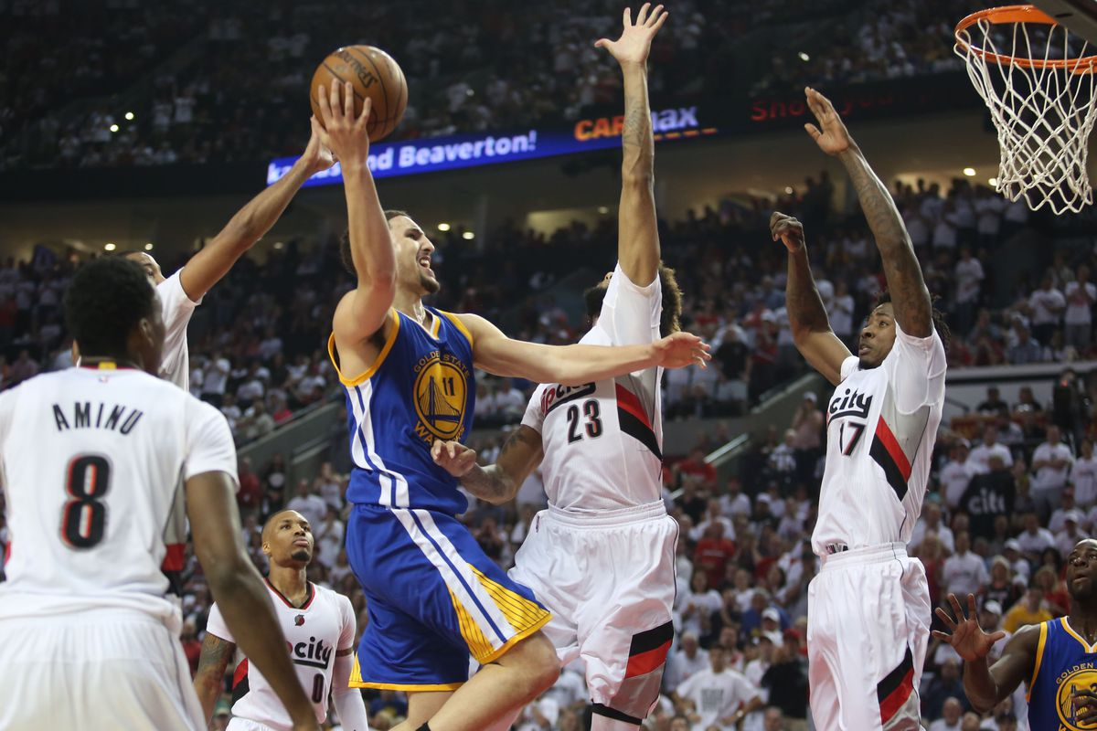 Klay Thompson elevates for two of his game-high 33 points.