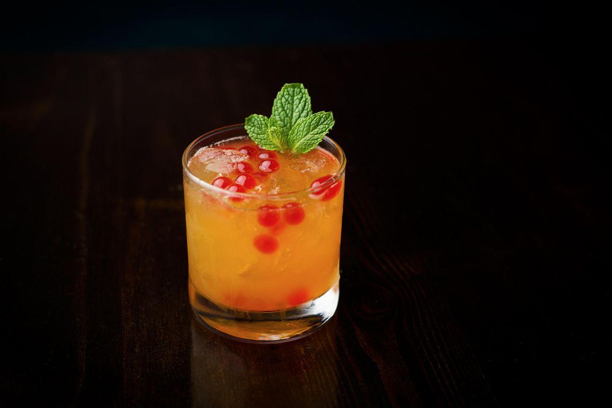 District Kitchen's Gin & Jammin' boba cocktail
