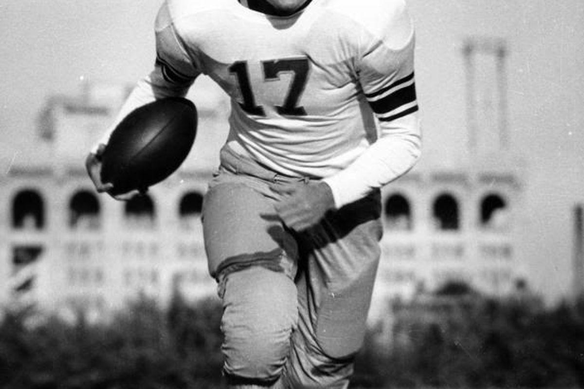 Pro Football Hall of Famer Steve Van Buren has passed away.