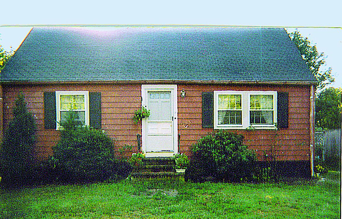 Curb Appeal Before: 1940s Cape Cod In Rockport, Massachusetts