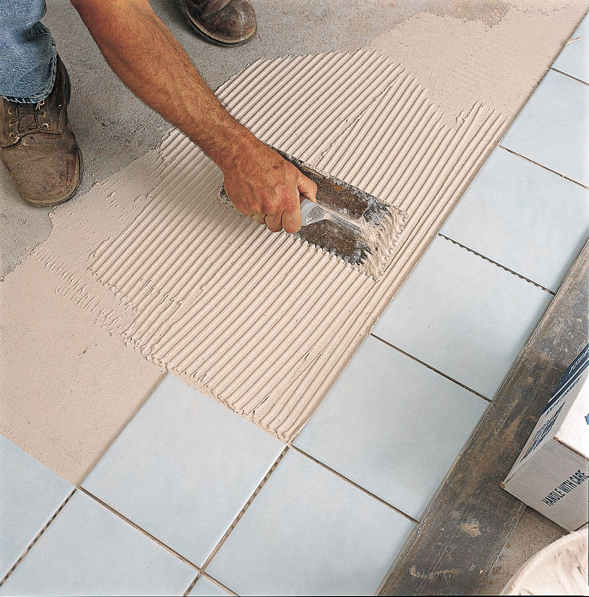 Spreading Thinset Mortar For Bathroom Tiles
