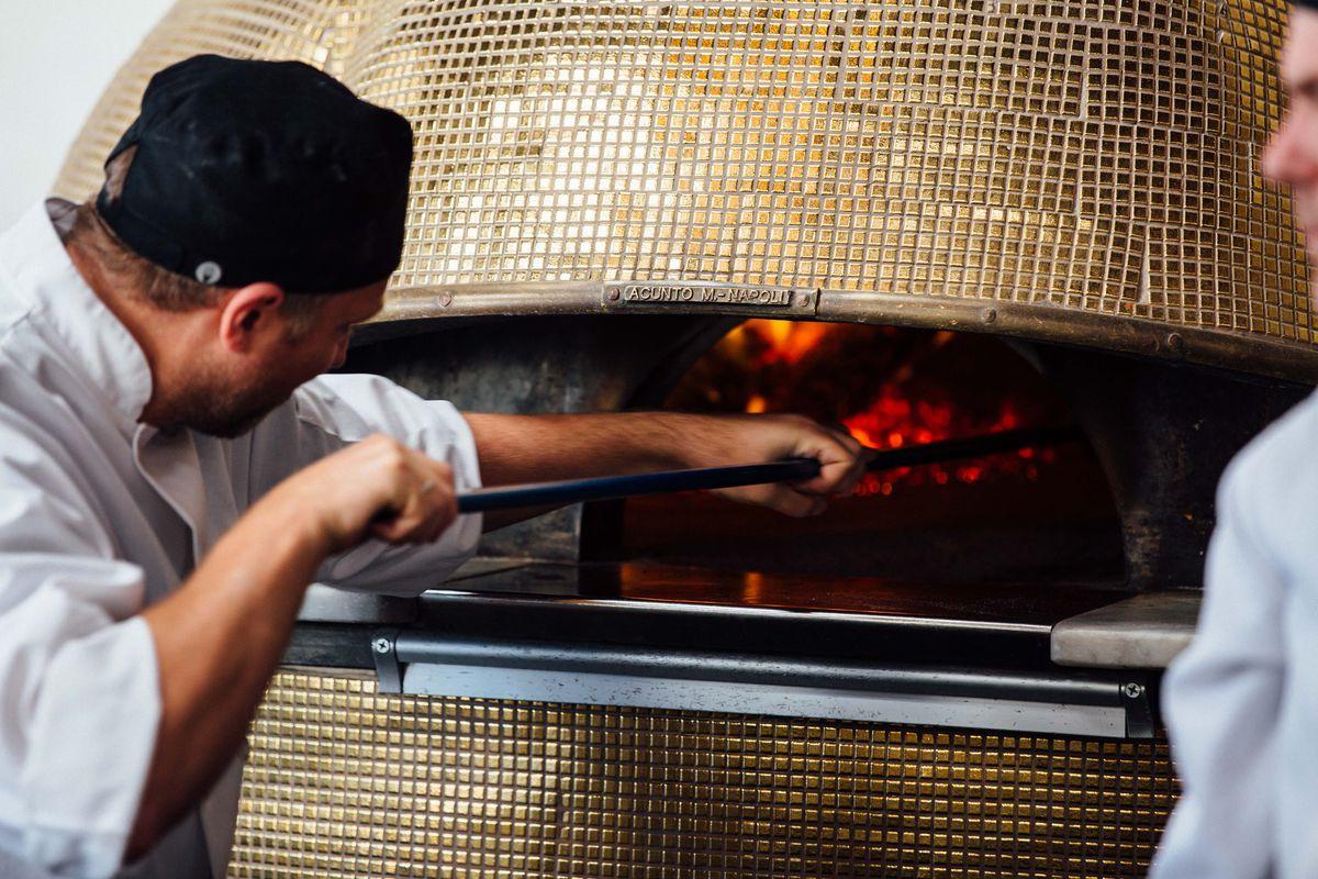 MidiCi Italian brick oven
