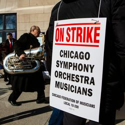 """Striking musicians of the Chicago Symphony Orchestra received a """"last, best and final offer"""" from management over the weekend.   James Foster/For the Sun-Times"""