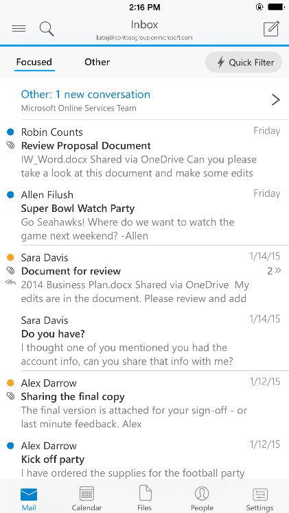 """Outlook for iOS has a """"Focused"""" mailbox and buttons for switching modes."""