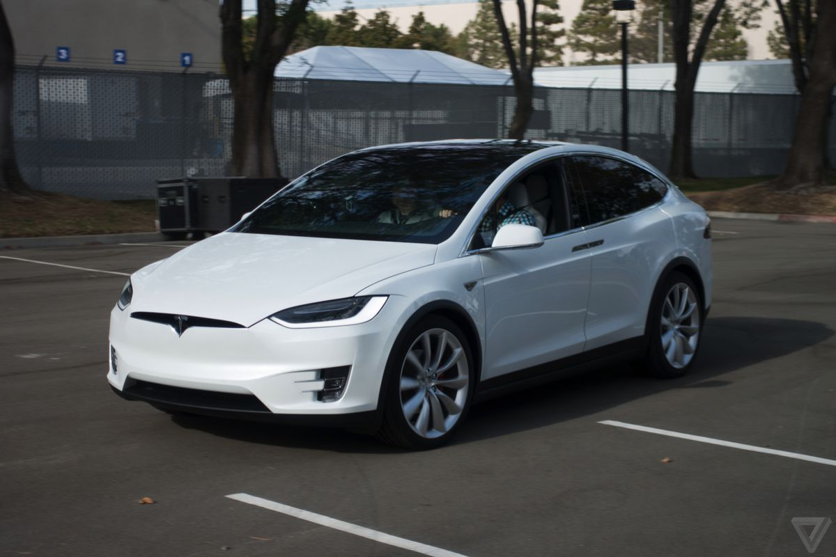 Tesla Is Fixing The Big Problem With Its Model X Windshield