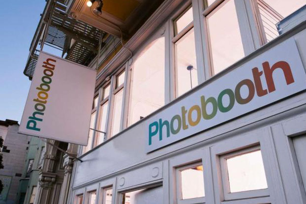 """Photo via <a href=""""http://www.pdexposures.com/the-end-of-photobooth-sf/"""">Pdexsposures</a>"""