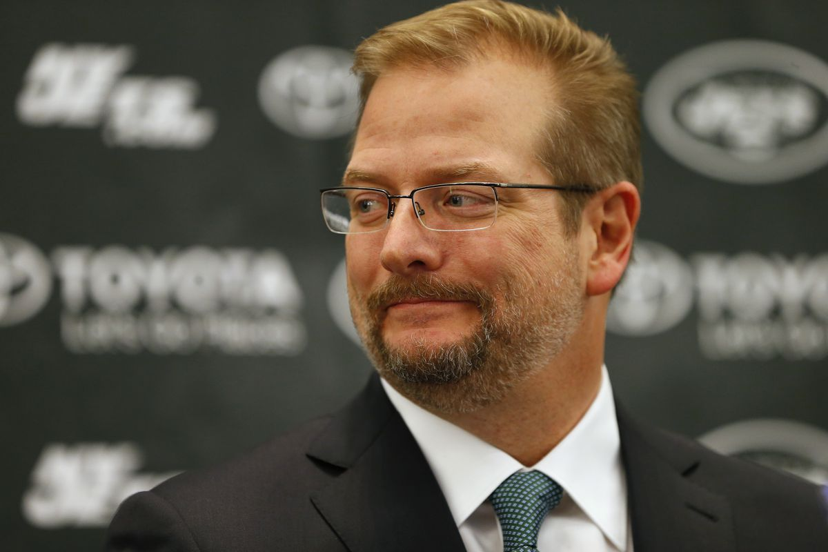 """Image result for mike maccagnan shaking head"""""""