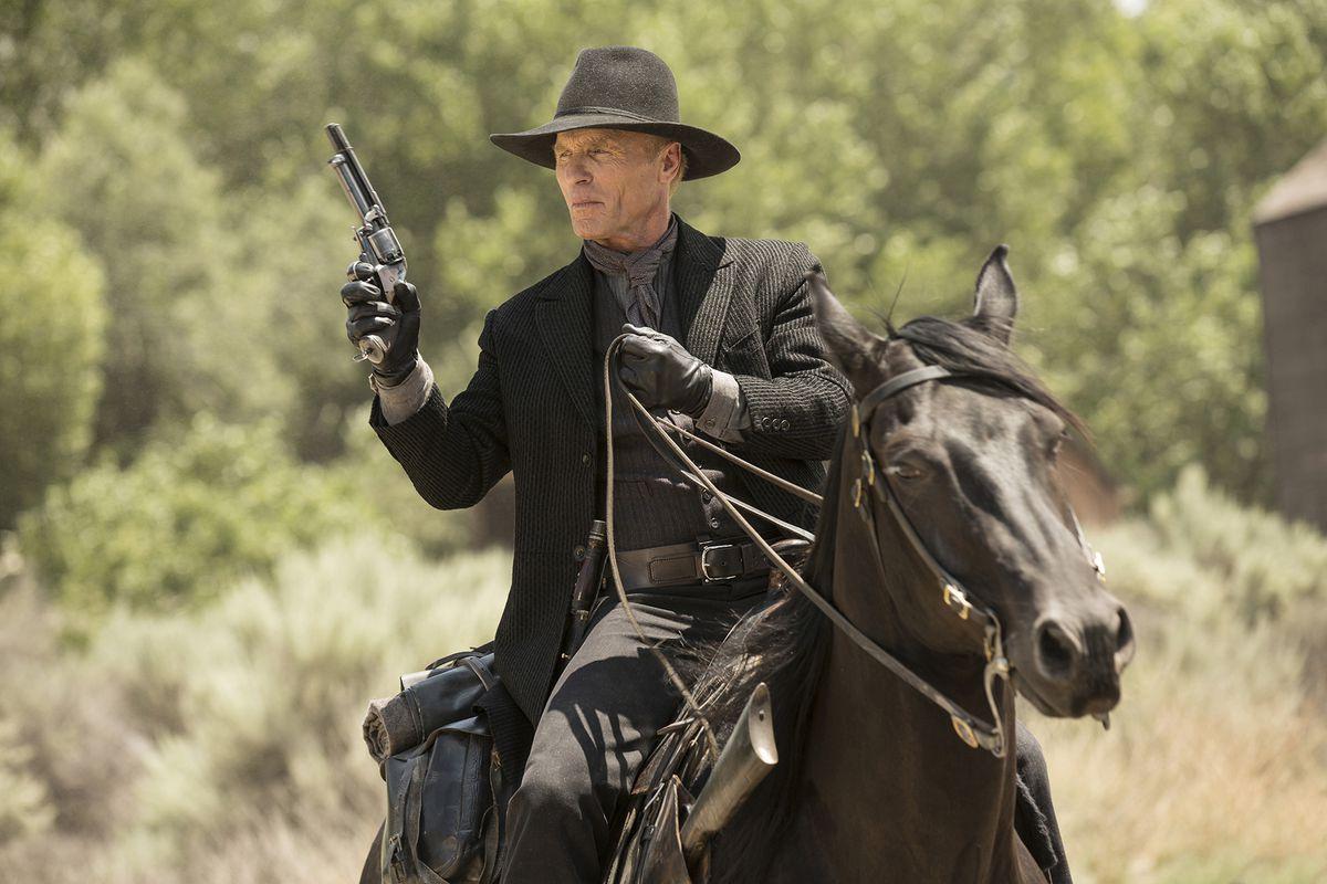 Westworld - Man in Black on horseback