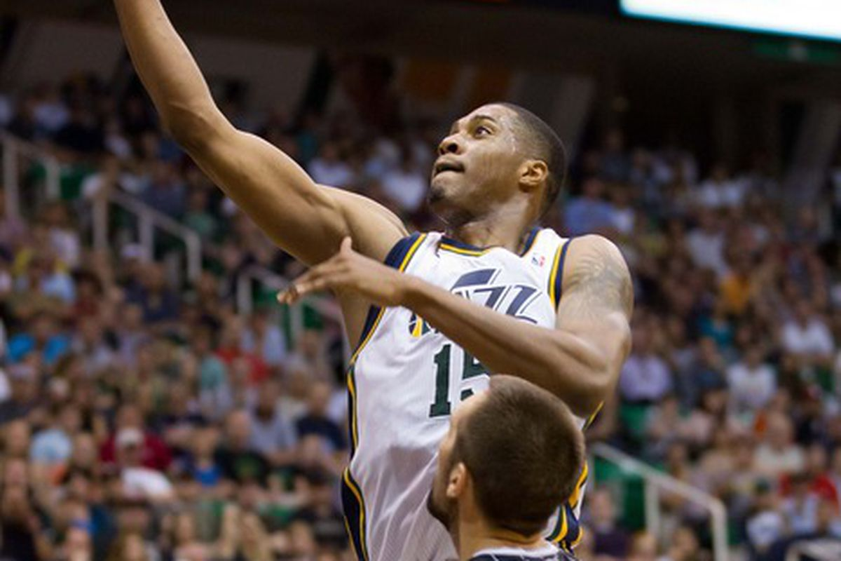 Ryan Anderson and Derrick Favors: Imaginary battles for Starting PF?