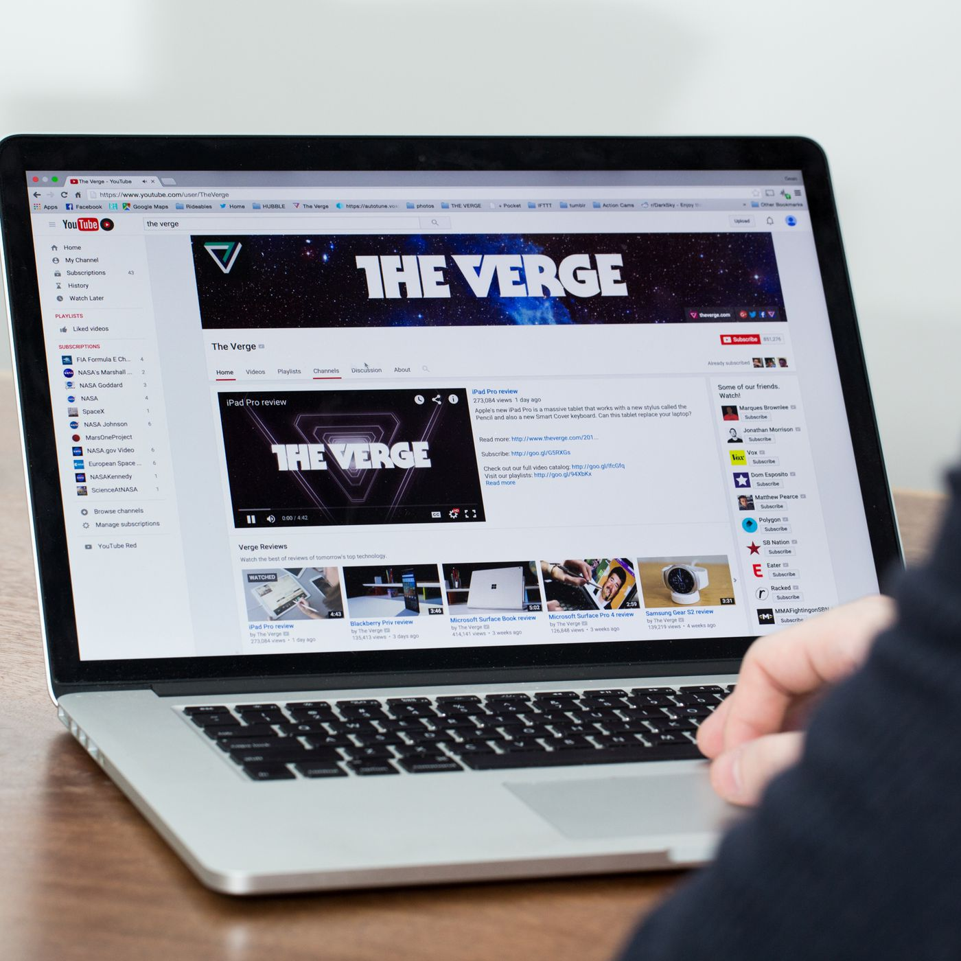 YouTube may launch an online TV service next year with ESPN, ABC ...