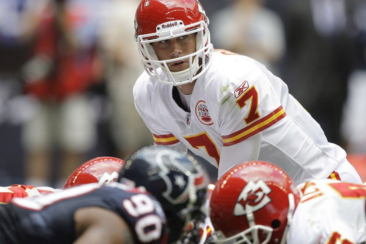 HOUSTON - OCTOBER 17:  Matt Cassel #7 of the Kansas City Chiefs waits for the snap during game action against the Houston Texans at at Reliant Stadium on October 17 2010 in Houston Texas.  (Photo by Bob Levey/Getty Images)