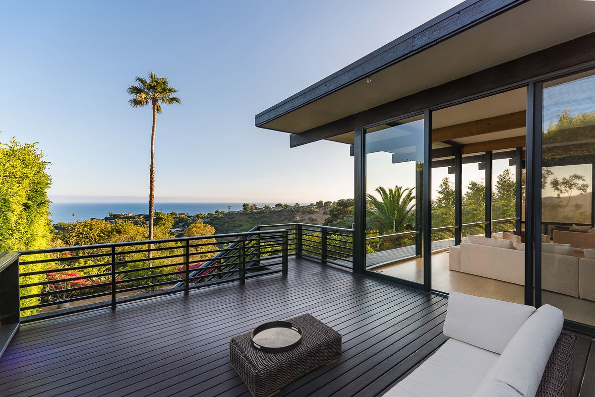Hillside Midcentury In Pacific Palisades Asks 4 3m