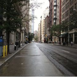"""Another shot of an utterly deserted Madison Avenue via <a href=""""https://twitter.com/sarahabell/status/263259118750531584"""">@sarahabell</a>"""
