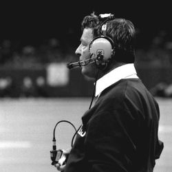 1985-Forever iconic image of Bobby Bowden