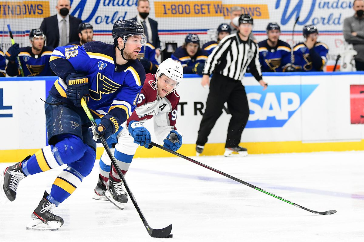NHL: MAY 21 Stanley Cup Playoffs First Round - Avalanche at Blues