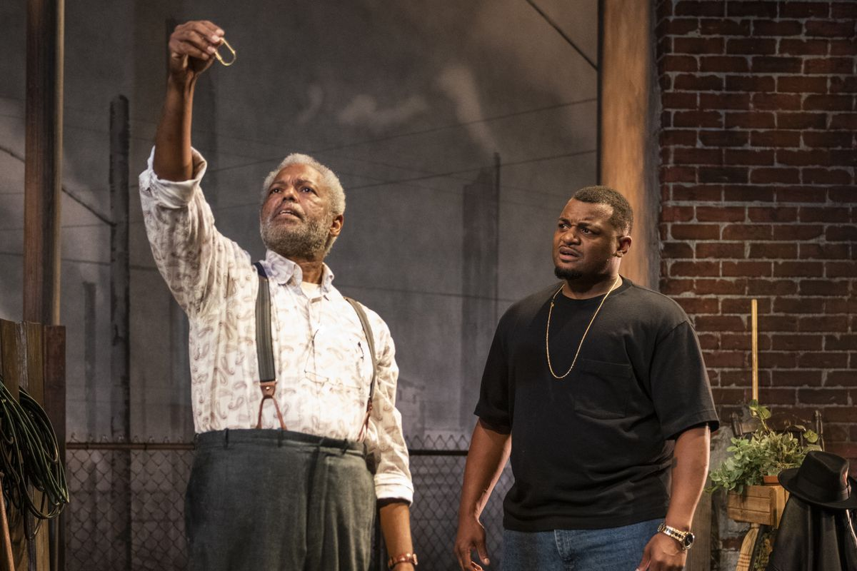 """Dexter Zollicoffer (left) and Kelvin Roston Jr. in a scene from """"King Hedley II"""" at Court Theatre."""