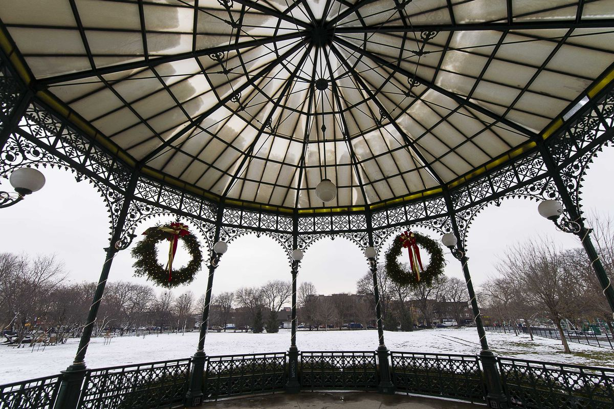 The gazebo at Welles Park, in Lincoln Square. | Tyler LaRiviere/Sun-Times