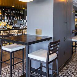 Standard & Pour's Kerry Simon table