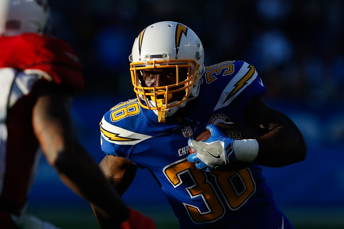 promo code 1f62b 09d89 Los Angeles Chargers 90-in-90: RB Detrez Newsome - Bolts ...