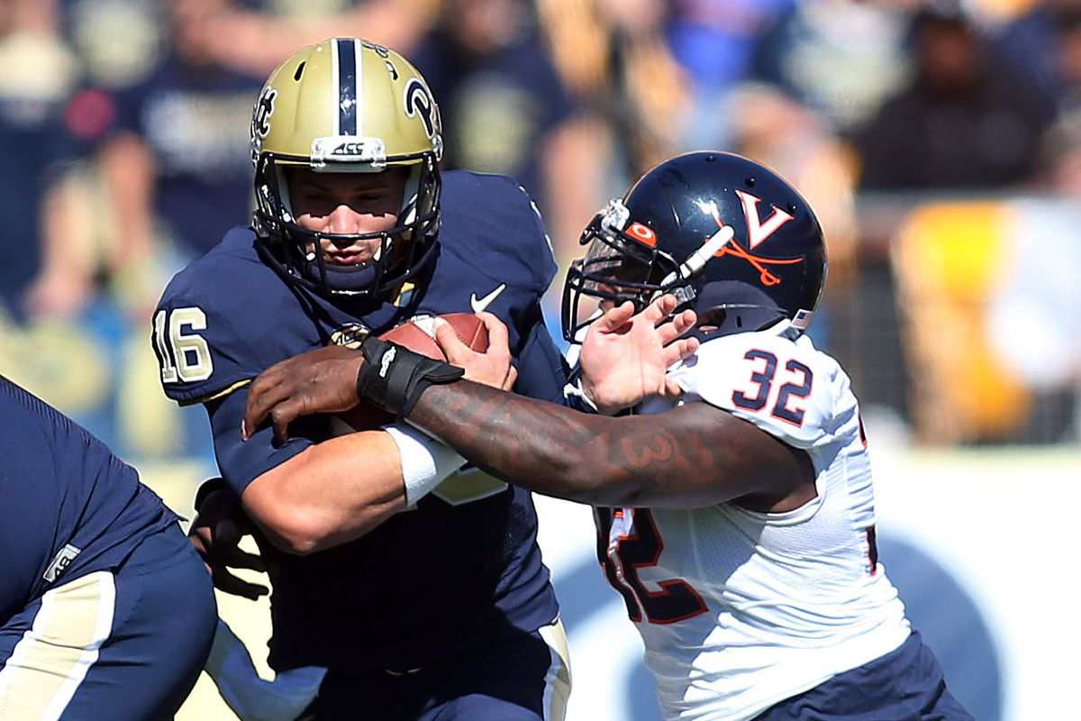 The Hoos were finally able to get some pressure on the opposing QB.