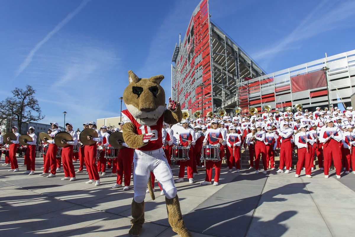 NCAA Football: Mid-American Conference-Temple at Houston