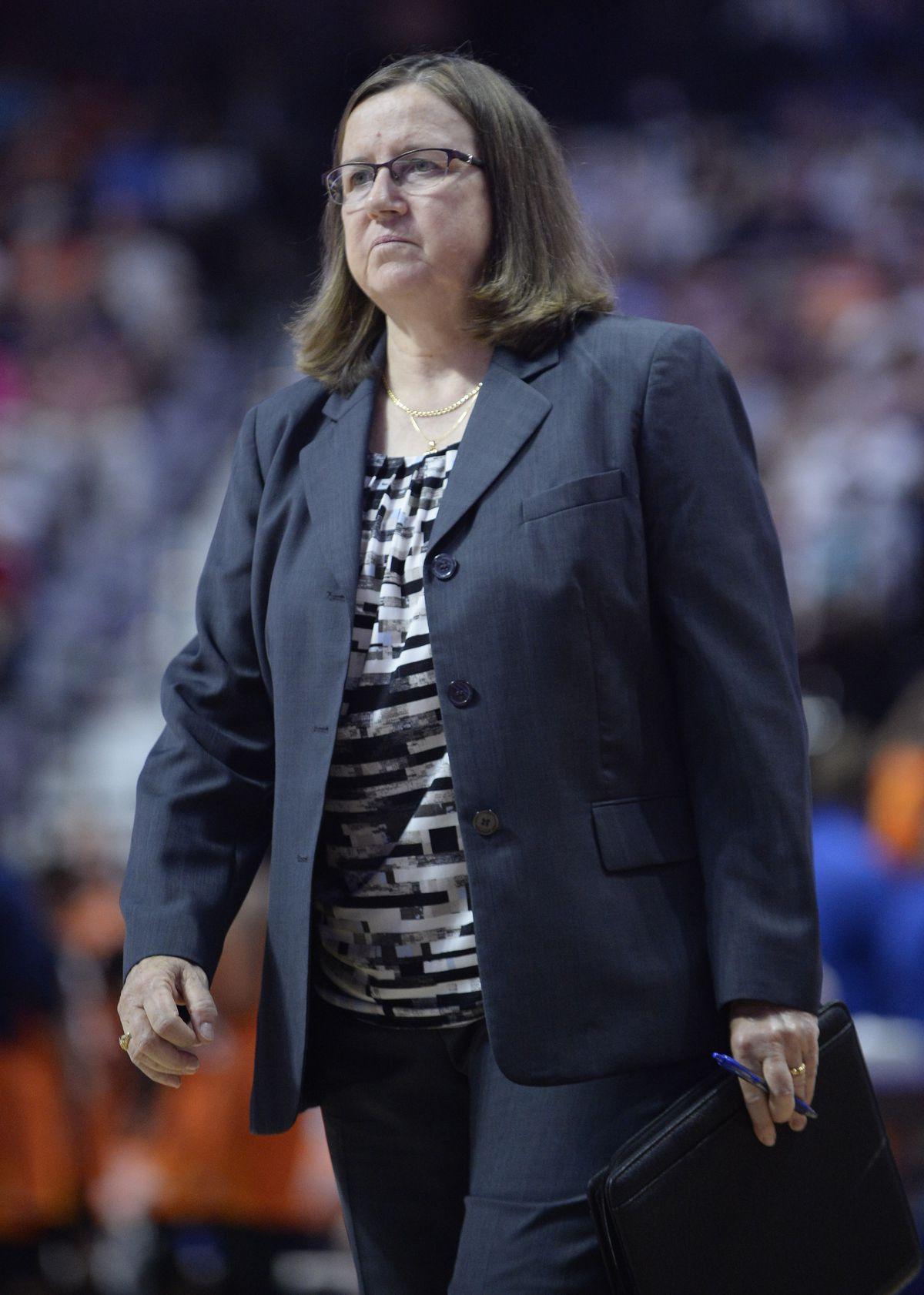 WNBA: JUL 08 Washington Mystics at Connecticut Sun