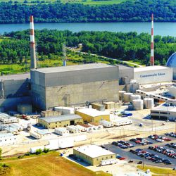 The Dresden Generating Station in 2007. in downstate Morris.